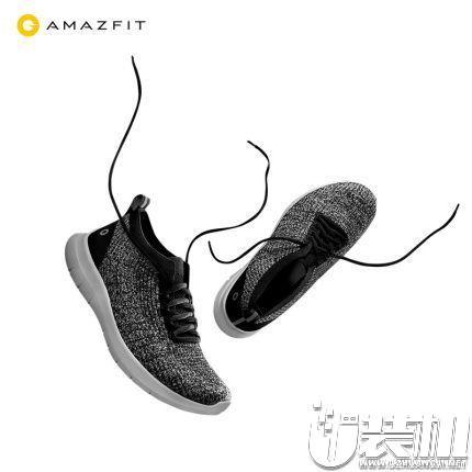 小米Amazfit :云雀超轻跑鞋 89 元
